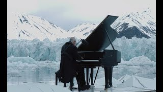 Never before seen images of Ludovico Einaudi in the Arctic