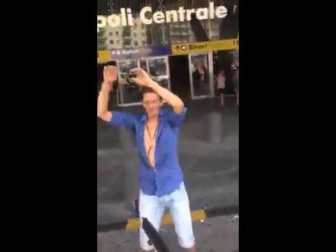Napoli centrale disco club meglio di Ibiza per Enzo!!!