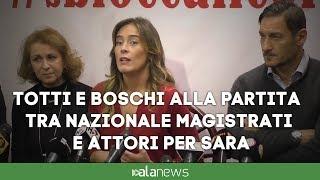 Totti e Boschi alla partita tra Nazionale magistrati e attori per Sara