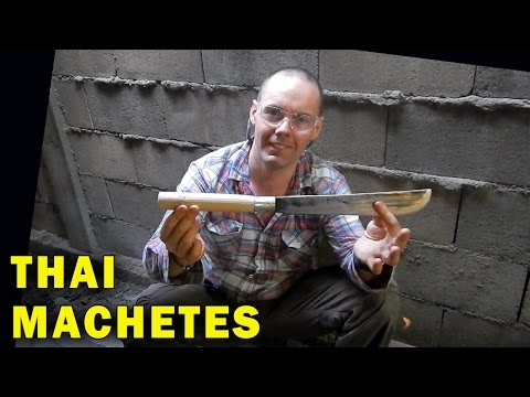 How Thai Blacksmiths make Machetes Quenched in Oil