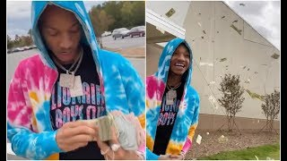 Stunna 4 Vegas Accidentally Throws His Stack Of $20s