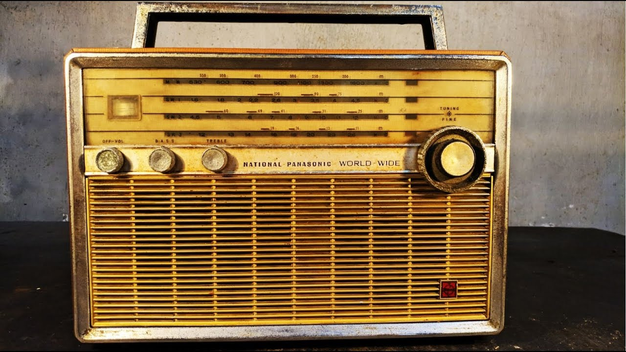 1966 National Panasonic T-100d Transistor Radio Restoration