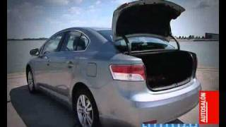 Toyota Avensis 2010 Test