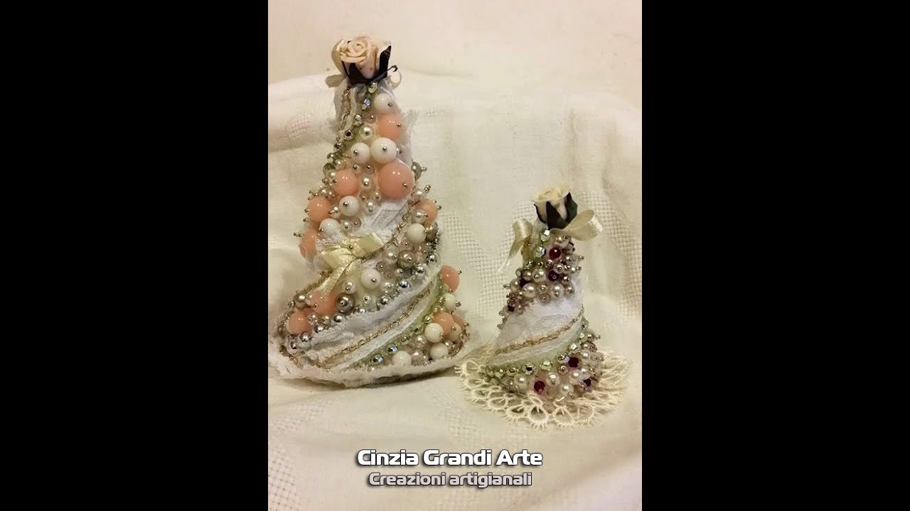 decorazioni shabby chic addobbi fai da te : DIY - Alberello di Natale Shabby Chic di perline - Christmas Tree ...