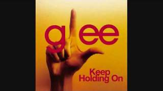 Glee Cast - Keep Holding On (HQ) Avril Lavigne Cover