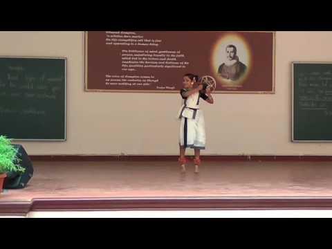 Kannadiyattil mukham nokkum......Folk dance