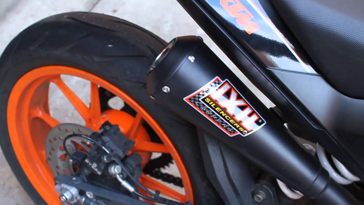 ktm duke 390 with ixil dual underseat slip on exhaust. Black Bedroom Furniture Sets. Home Design Ideas