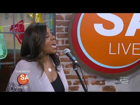 Gloria Gaynor sings