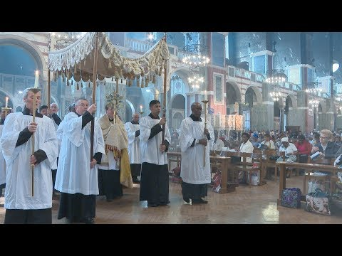 Blessed Sacrament Procession-Westminster Cathedral-May 2018. A Day With Mary