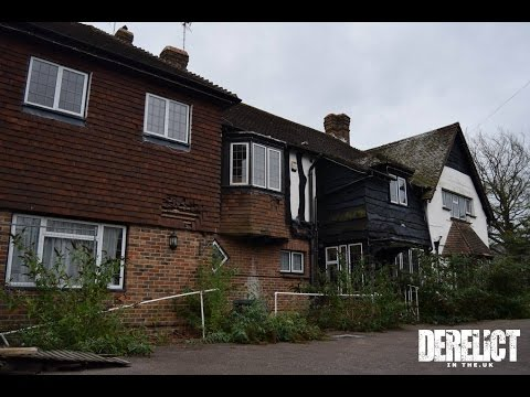 Exploring The ABANDONED Care Home in West Sussex - Urban Exploring - Urbex UK