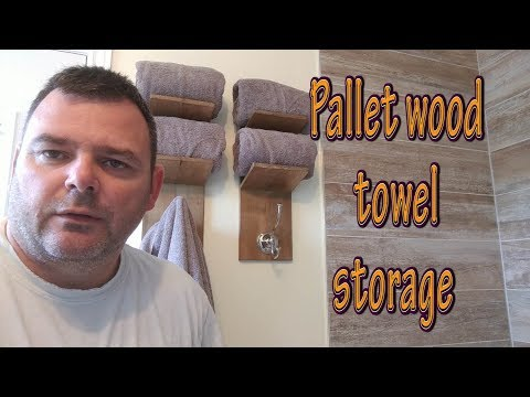 pallet-wood-towel-shelves