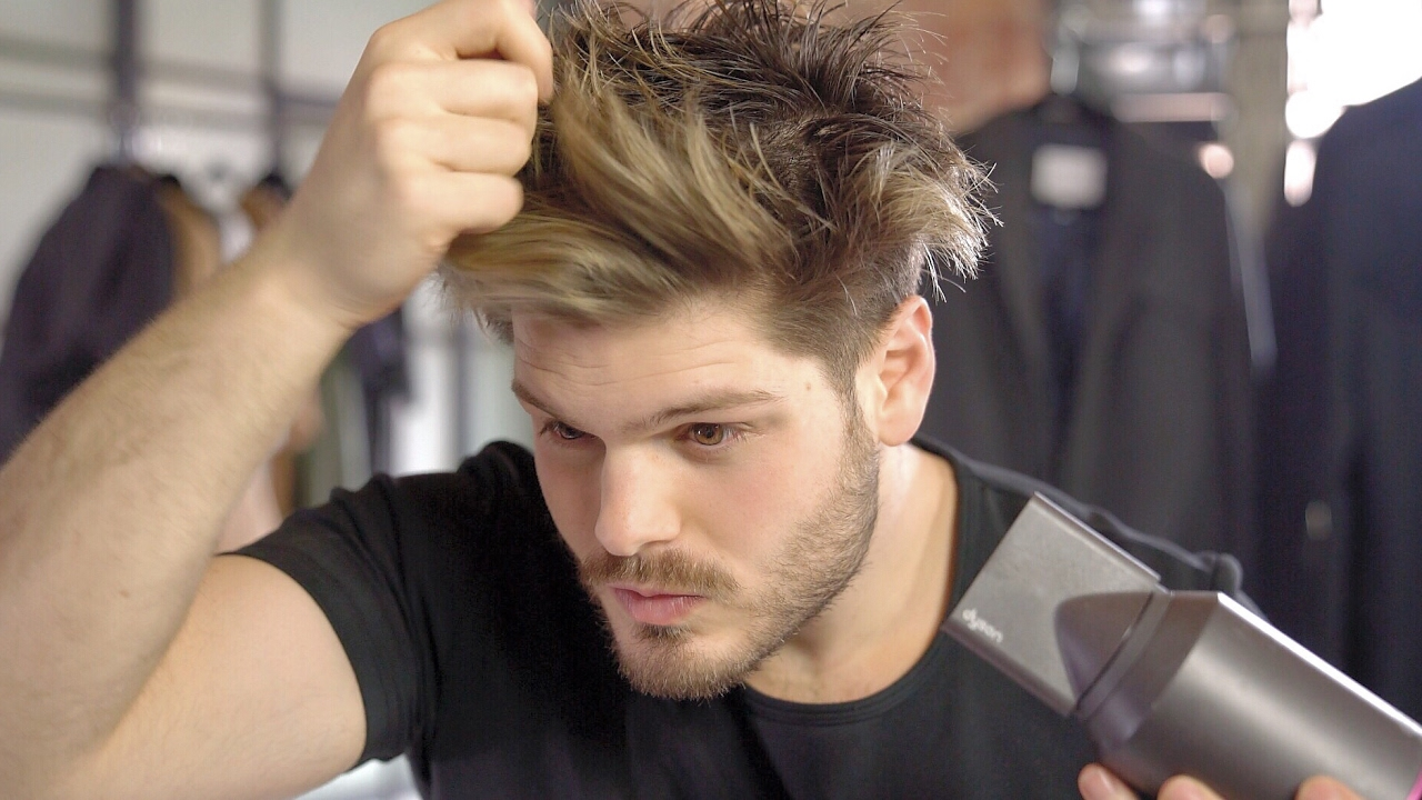 4 Hacks for Dry, Damaged and Frizzy Hair - Men's Hair Tips ... Dry Hair Men