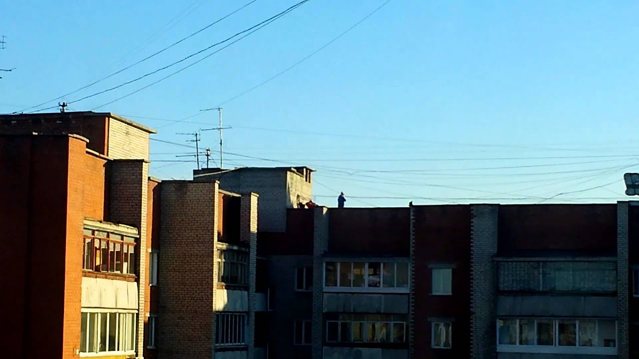 Смотреть как занимаются на крыше фото 305-766