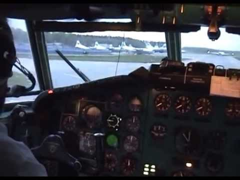 Полет на север / Flight to the North - DME - MMK Tupolev Tu-154 cockpit video