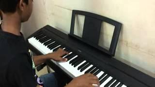 Kya mujhe pyaar hai ( Film : Woh Lamhe - 2006 ) Piano