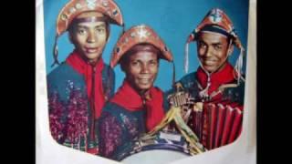 Trio Nordestino - Xaxado Bossa nova