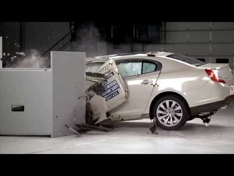 iihs---2014-lincoln-mks---small-overlap-crash-test-/-poor-evaluation