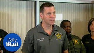 Sheriff discusses the shooting in Bell, Florida - Daily Mail