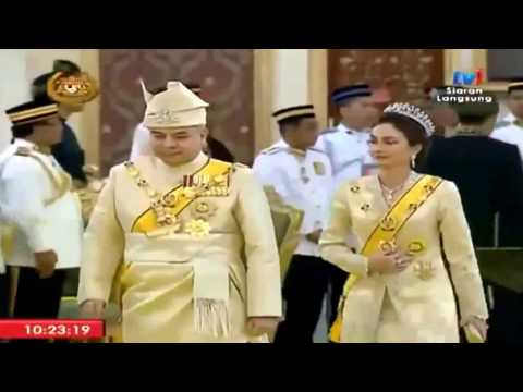 Istiadat Pertabalan Yang di Pertuan AGONG Sultan Muhammad V (Clip7)