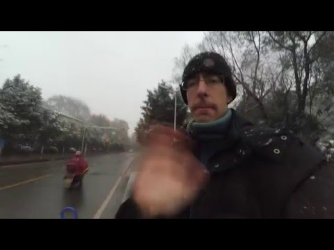 It is snowing in Changsha, China: weather talk