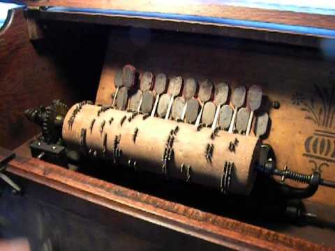 Antique Concert Cob Roller Organ Music Box