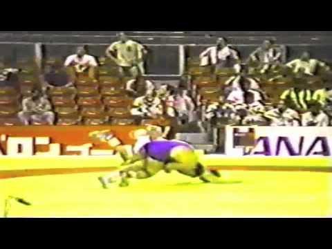 1990 Senior World Championships: 68 kg Jesus Rodriguez Garzon (CUB) vs. Giorgios Athanassiadis (GRE)