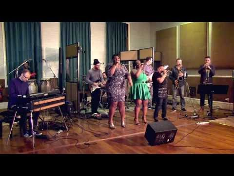 Soul Family | LaSharVu | Party - Beyoncé cover