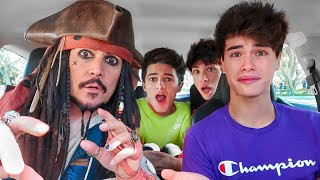 SURPRISING MY FRIENDS WITH CAPTAIN JACK SPARROW!!