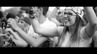 Смотреть клип Brennan Heart & Galactixx Ft. Elle B - Dreamer