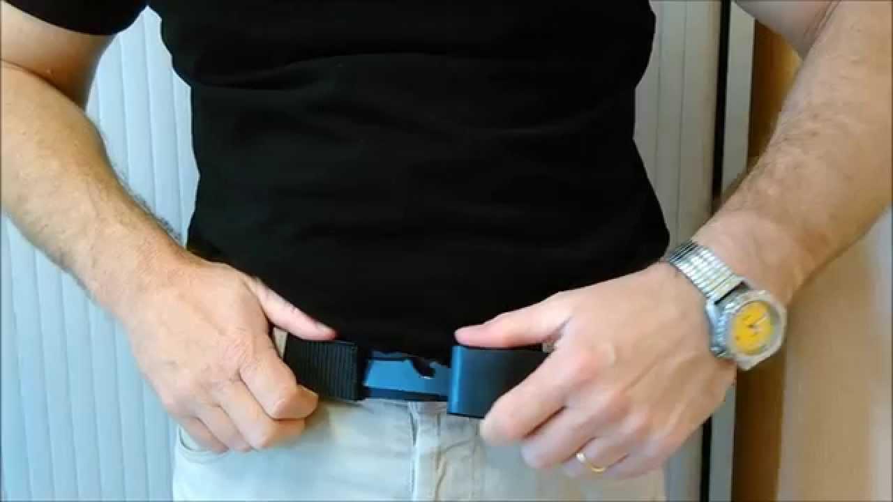 f4c46ad8ca4d Trafic de ceintures-couteau et de contrefaçons sur Internet - YouTube
