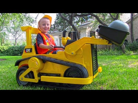 CAT Ride On Bulldozer Tractor for Kids - Unboxing, Review and Riding