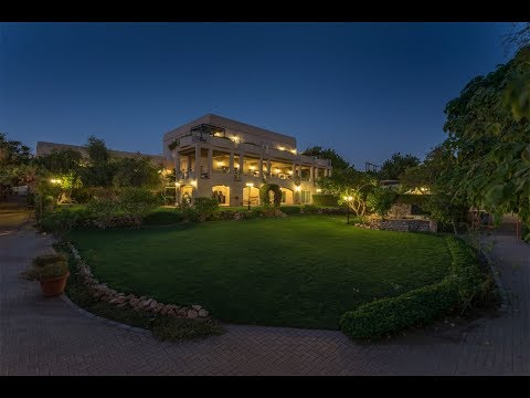 Unforgettable Mansion with a Picturesque Mountain Backdrop in Muscat, Oman