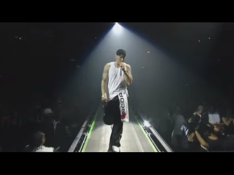Eminem Mockingbird [ Live ] In New York