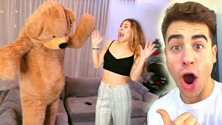 HUGE TEDDY BEAR SCARE PRANK ON GIRLFRIEND!!
