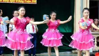 Bông hồng tặng cô 6C Thanh Nhân Ninh Giang