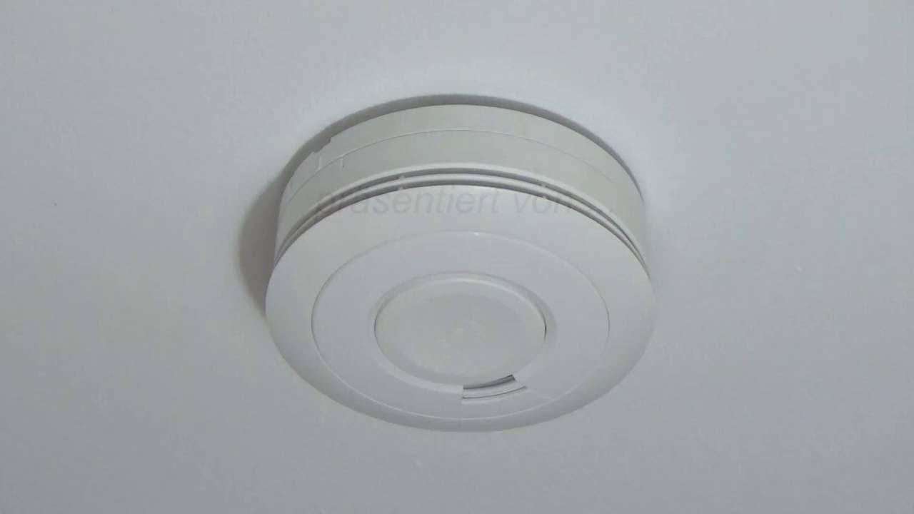 ei650 rauchmelder testfunktion und alarm youtube. Black Bedroom Furniture Sets. Home Design Ideas