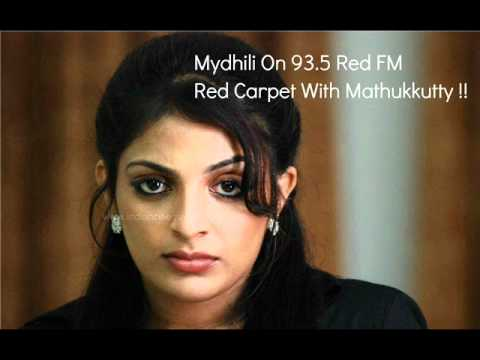Mydhili On 93.5 Red FM Red Carpet With Mathukkutty !!