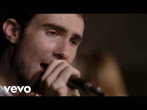 Maroon 5 - Sunday Morning (Closed Captioned)