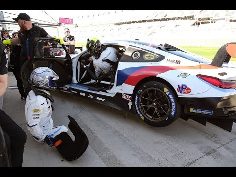 That's how a driver change with Alex Zanardi works - BMW M Motorsport.