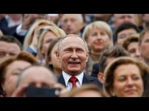 Россияне беднеют и берут кредиты
