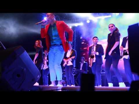 Teza Sumendra at Sky Avenue 2015   I Want You Love & Uptown Funk