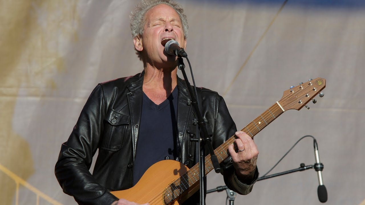 Never Going Back Again - Lindsey Buckingham