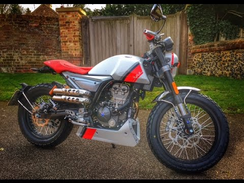 Mondial Hipster 125 Review