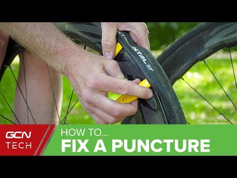 How To Fix A Puncture On A Road Bike | Repair A Roadside Flat Tyre