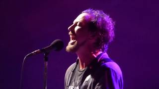Pearl Jam - Masters of War - Wrigley Field (August 20, 2016)