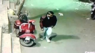 حرامي منشية ناصر محترف في سرقة الموتوسيكلات وتم التعرف عليه من خلال كاميرات مراقبة مصانع الرياض