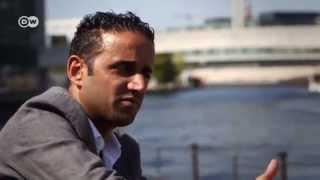 الناشط البحريني يوسف المحافظة: المنفى ثمن الحرية والديمقراطية | ضيف وحكاية