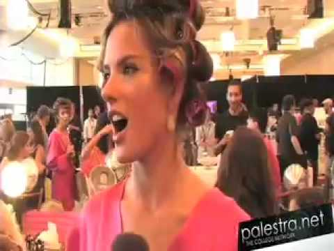 Victoria's Secret Fashion  2008: Models Get Ready