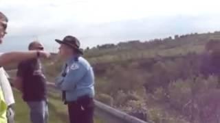 Woman beats Bitchy cop