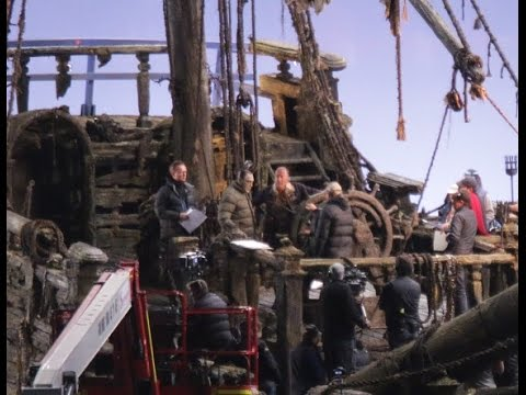 Geoffrey Rush and Javier Bardem (Captain Salazar) onset of Dead Men Tell No Tales